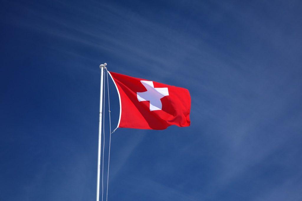 Pourquoi et comment domicilier son entreprise en Suisse?